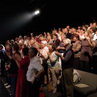 Le public en fin de spectacle – photo Anna Solé