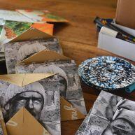 Lot de CD, emballages et crayons feutres